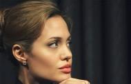 آنجلینا جولی شاید یکی از مظنونینقتل در قطار سریع السیر شرق باشد