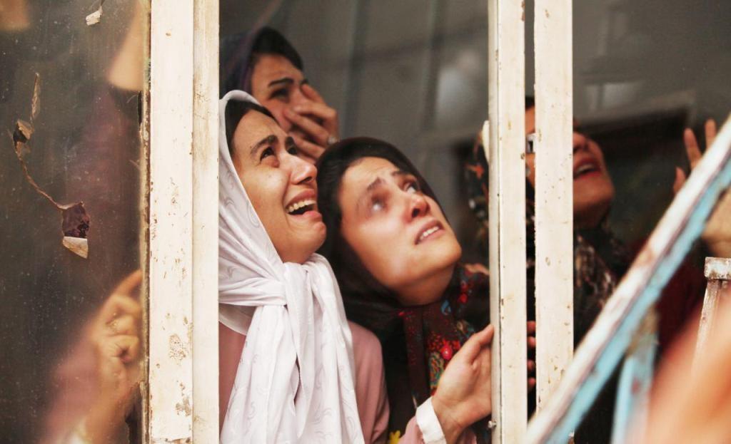 محسن نصراللهی و غزاله معتمد نامزدبهترین طراحی صحنه و لباس برای فیلم ابد ویک روز