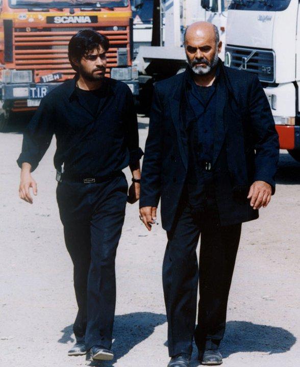 جمشید هاشمپور و شهاب حسینی در فیلم واکنش پنجم