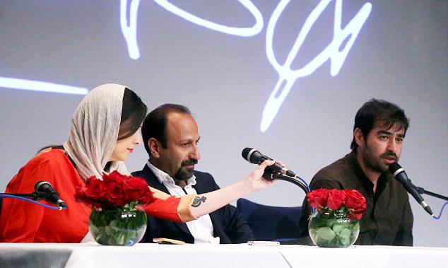 ترانه علیدوستی، شهاب حسینی و اصغر فرهادی در کنفرانس مطبوعاتی فیلم فروشنده