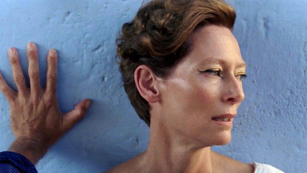 تیلدا سوینتون در فیلم «شتکی بزرگتر» (A Bigger Splash)