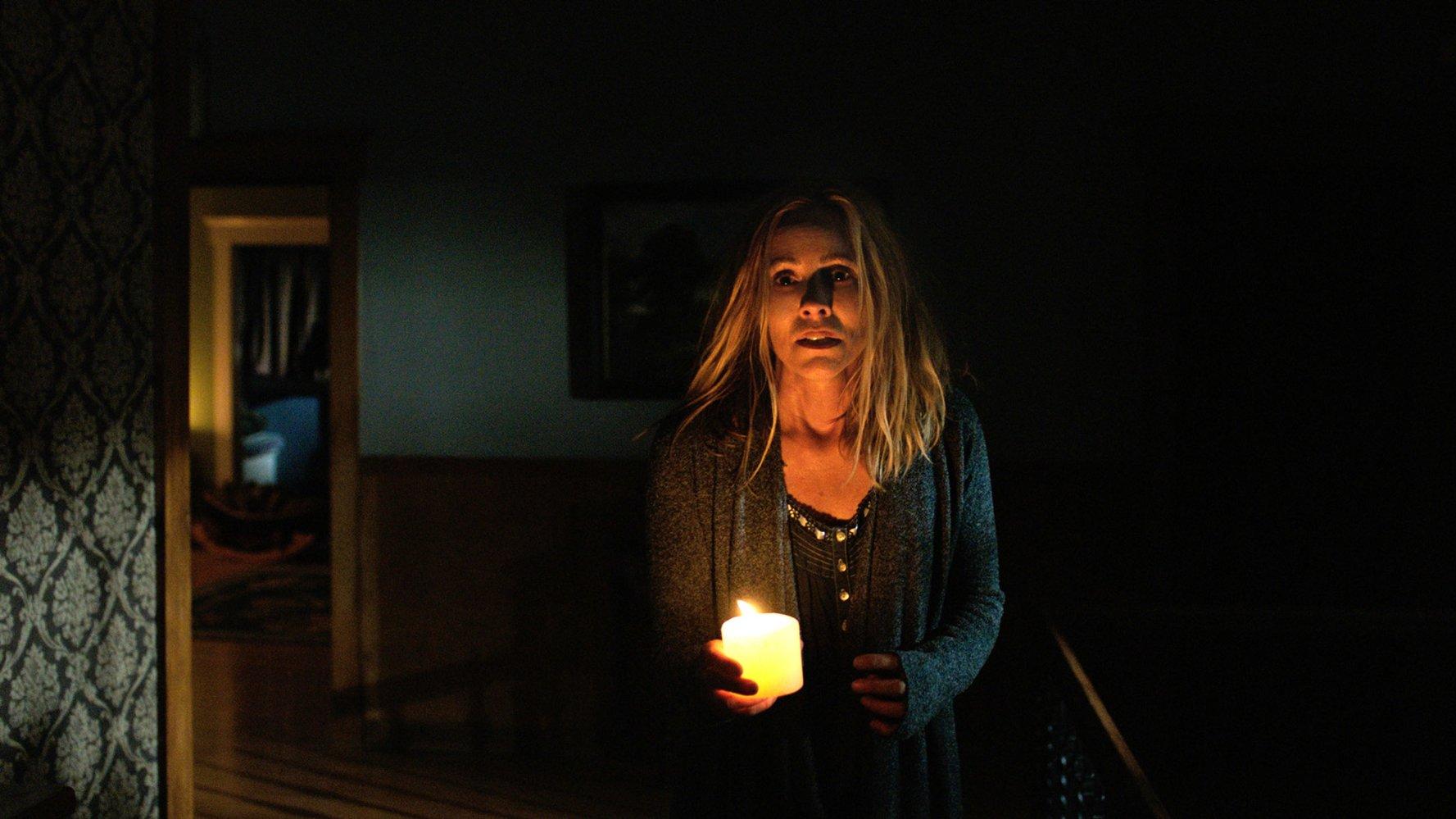 معرفی فیلم Lights Out: تصویری واقعی از تاریکی