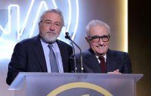 مارتین اسکورسیزی جایزهی چاپلین را به رابرت دنیرو تقدیم میکند