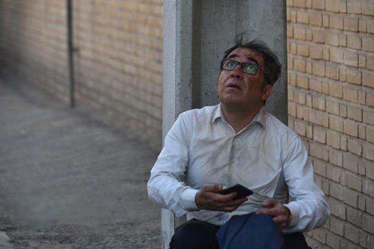 نقد و بررسی فیلم «ساعت پنج عصر»: موحش و نامنتظر