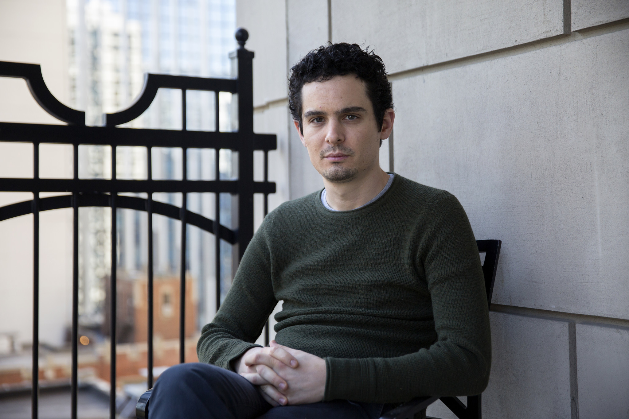 نتفلیکس Netflix سریال هشتقسمتی موزیکال، به کارگردانی دیمین شزل را خریداری کرد