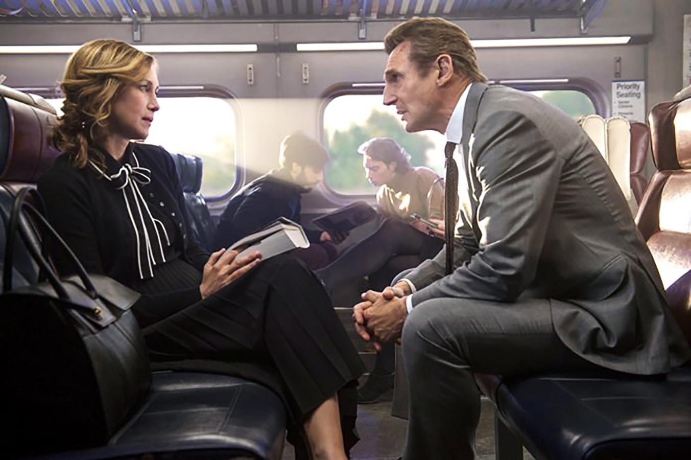 معرفی و بررسی فیلم The Commuter: لیام نیسون دوباره میدرخشد