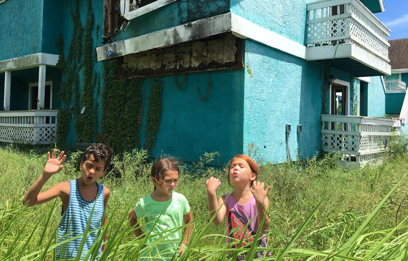 بررسی فیلم The Florida Project: دنیایی جادویی و جذاب در یک متل قدیمی