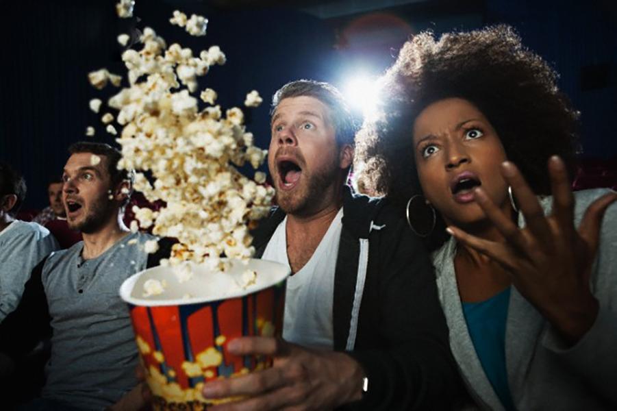 فیلمهایی که برای نمایش در سینماها به همراه متن اخطاریه اکران شدند