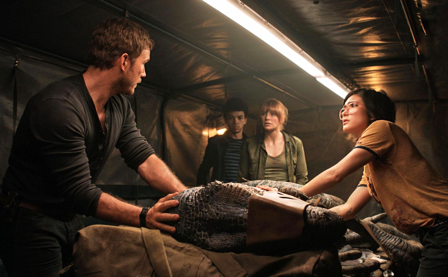 باکس آفیس آخر هفته: Jurassic World: Fallen Kingdom همچنان در صدر جدول