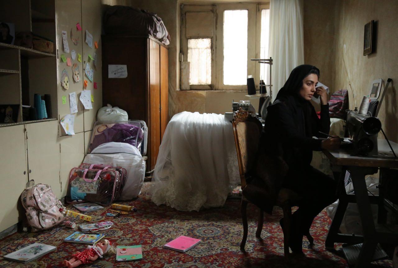 بررسی فیلم «یک کیلو و بیستویک گرم»: هرچه سیاه تر بهتر