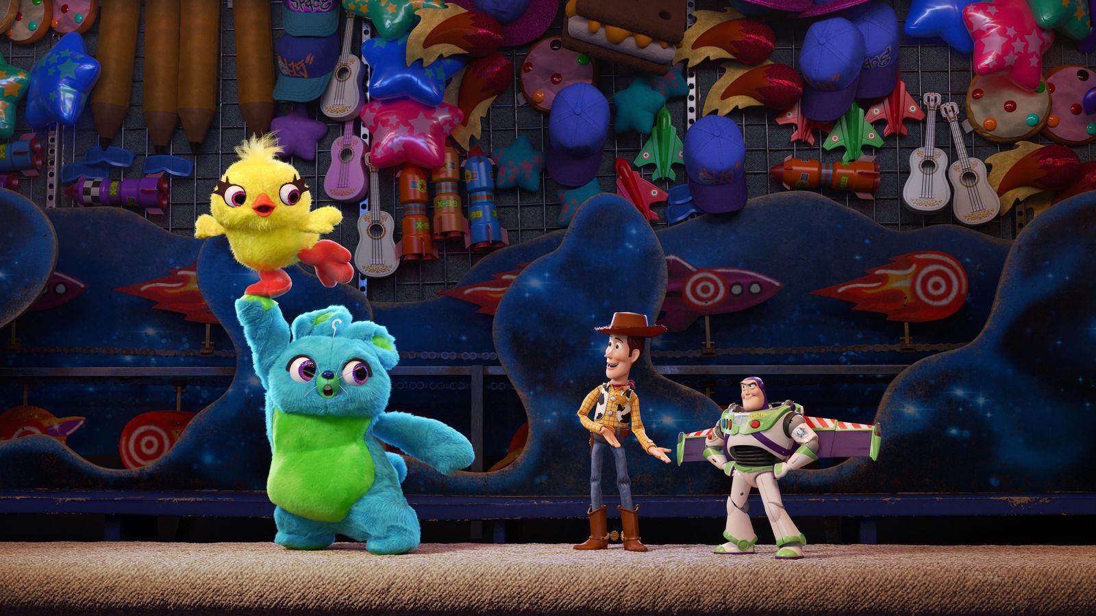 اولین آنونس Toy Story 4؛ وودی و باز با یک دوست جدید عجیب بازگشتهاند