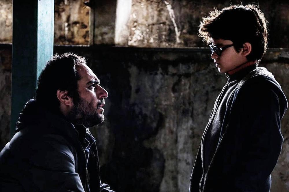 آستیگمات - فرهادیسم یا قصه های پدران و پسران