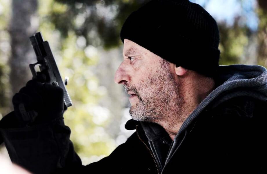 خون سرد Cold Blood؛ ژان رنو در نقش آدمکشی بازنشسته