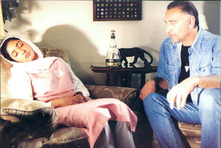 شقایق فراهانی فیلم سینمایی جایی دیگر