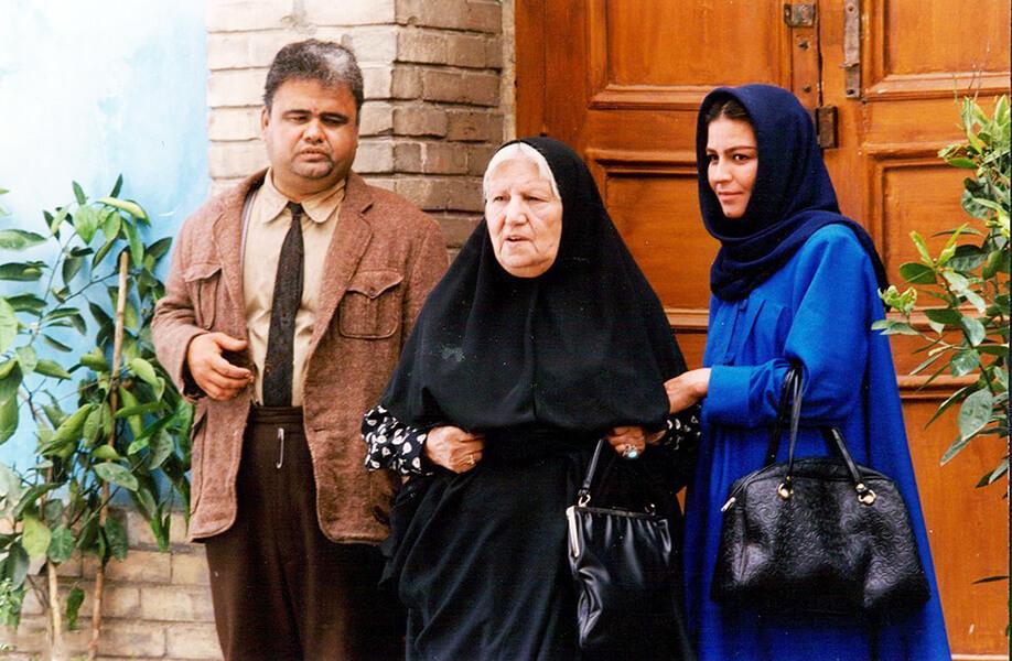 مادر اکبر عبدی