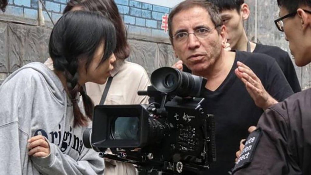 محسن مخملباف مهاجرت