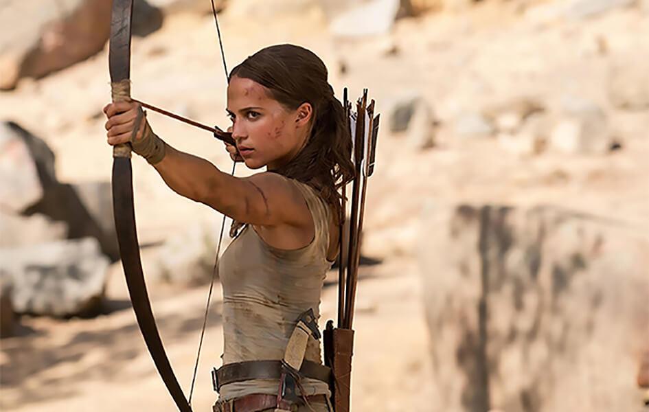 آلیشیا ویکاندر در نقش لارا کرافت