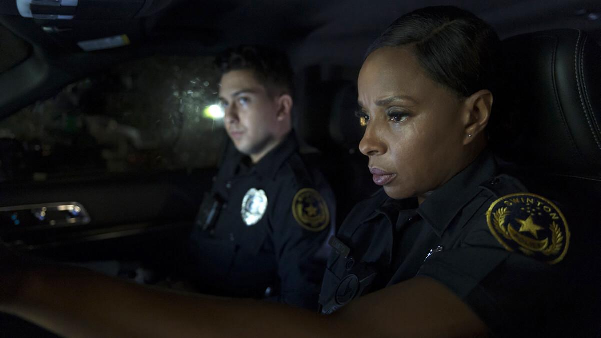 نقد فیلم دوربین تن Body Cam – داستانی جنایی و هیجانانگیز با بازی مری جی. بلایژ
