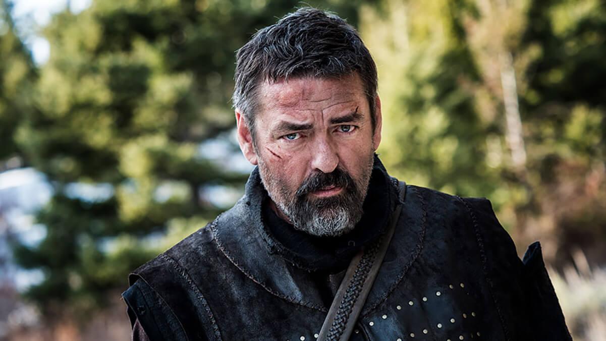 نقد فیلم رابرت بروس Robert the Bruce – انگوس مکفادین باری دیگر در نقش شاه رابرت یکم