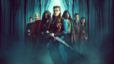 نفرین شده Cursed – فانتزی رادیکالی که جایش در میان سریالهای تلویزیونی به شدت خالی بود