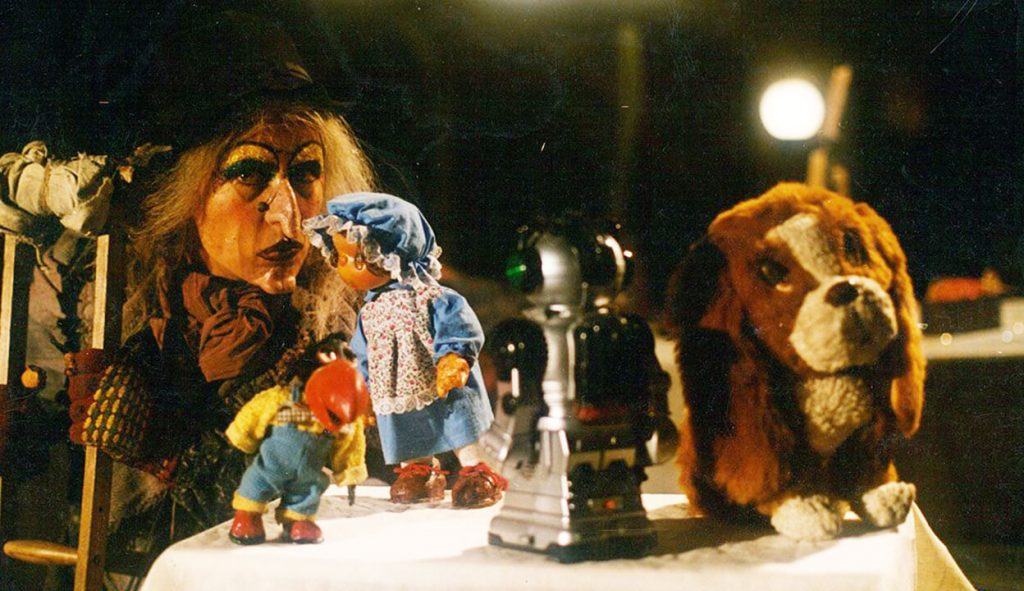 دزد عروسکها