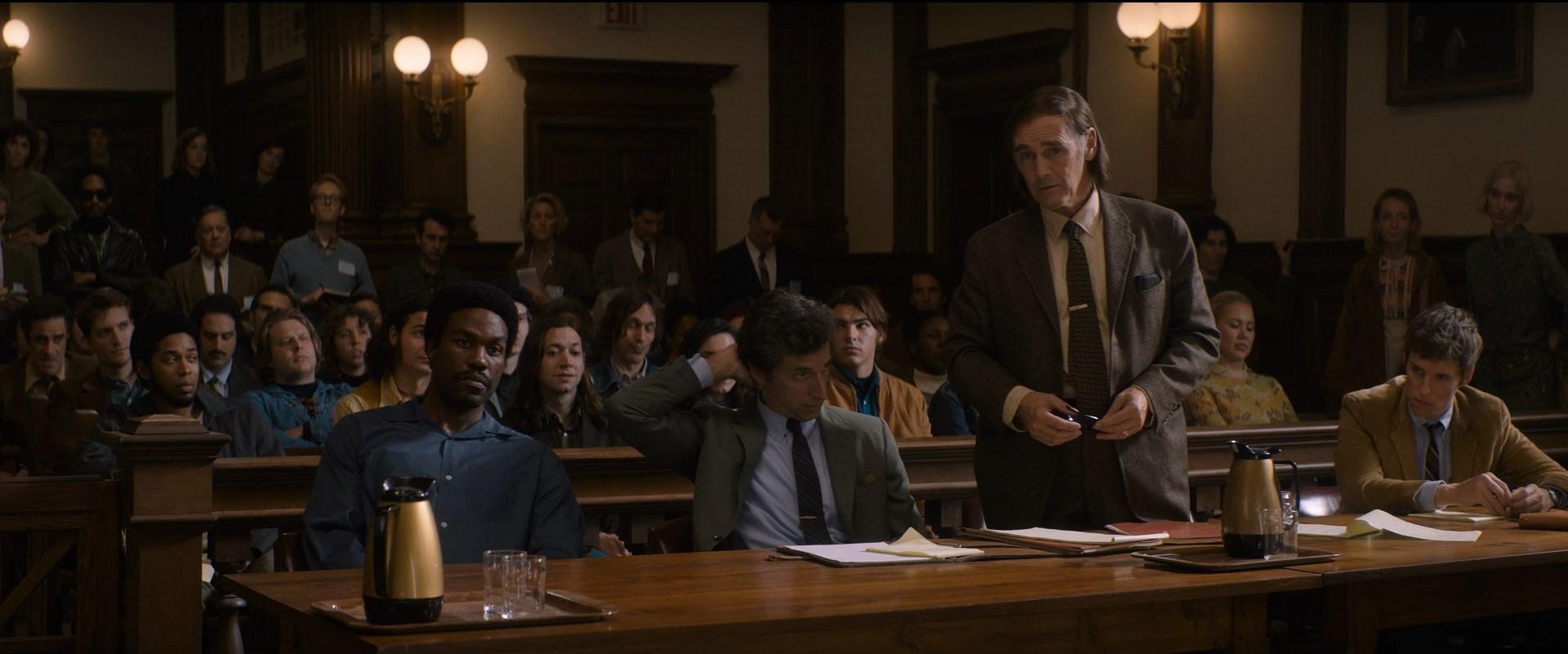 ویدئو / «محاکمه شیکاگو هفت»؛ روایتی از تاریخ معاصر آمریکا، هزارتویی از خردهداستانهای کنجکاویبرانگیز